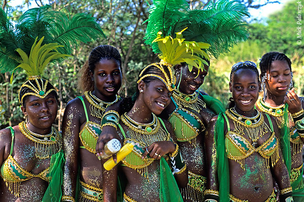 [ANTILLES.stMAARTEN 25.645] 'Carnival-9.' On St.Maarten, carnival is usually celebrated during the second half of April. This image was shot just outside Philipsburg during the preparations of the Grand Parade. Photo Mick Palarczyk.
