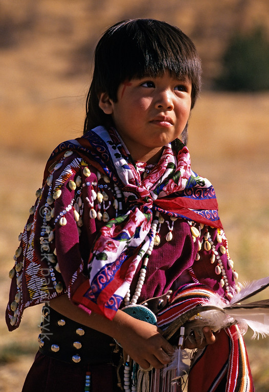 [USA.OREGON 28830] 'Indian girl.'  	A young member of the Walla Walla (or Warm Spring) Indian tribe and inhabitant of the Warm Springs Reservation. Photo Mick Palarczyk.