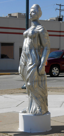 """""""Age of Aluminum,"""" a sculpture by Gary Mitchell of St. Louis, is located at Washington Avenue and Fourth Street."""