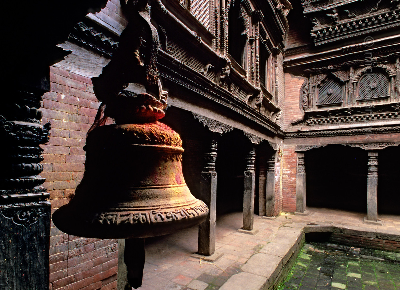 [NEPAL.KATHMANDUVALLEY 27400] 'Pujari Math in Bhaktapur.'  The courtyard of the 18th century Pujari Math (priests' quarters) on Bhaktapur's Dattatraya Square is decorated by splendid woodcarving. The building houses a small woodcarving museum. Photo Mick Palarczyk.
