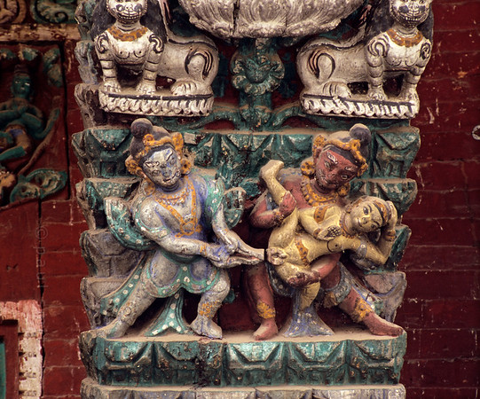 [NEPAL.KATHMANDUVALLEY 27340] 'Castrated in hell.'  	The roof struts of Patan's Rato Machhendranath Temple (1673) show the various tortures of condemned souls in hell. Photo Paul Smit.