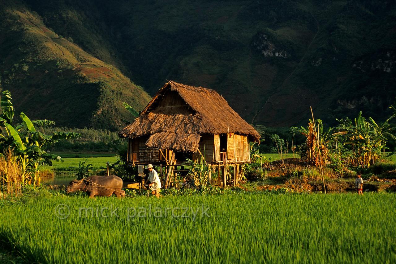 [VIETNAM.NORTH 21.265]