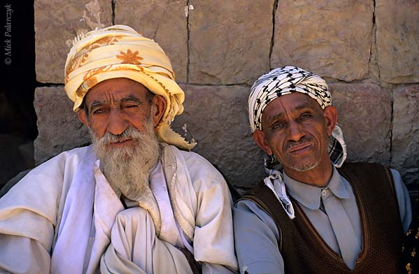 [YEMEN.NORTH 26357] 'Villagers of Sna-1.'  The sheikh (mayor) of Sna village (south of the capital Sanaa) poses together with a neighbour. Photo Mick Palarczyk.