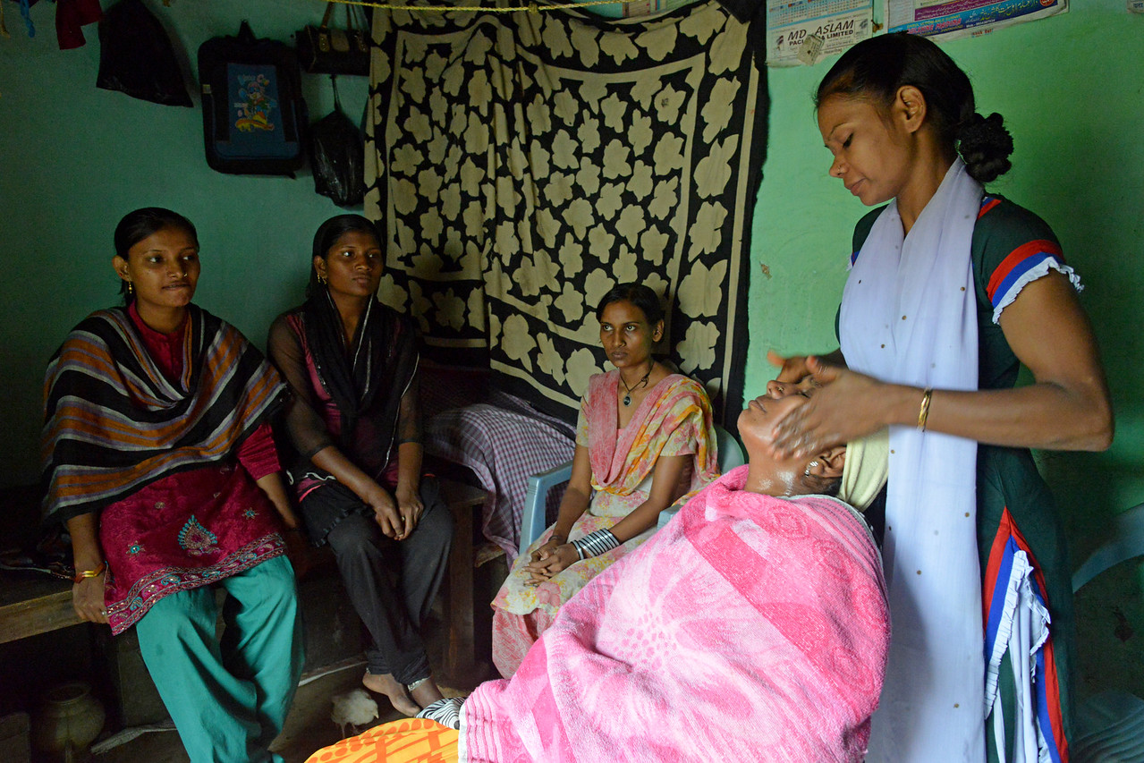 Under the SWABAL programme of Nav Bharat Jagriti Kendra (NBJK), Ms Neha Khatun trained as a beautician. She provides services in her locality and now aims to open a shop on the main road after taking a small loan to expand her business.<br /> <br /> Nav Bharat Jagriti Kendra (NBJK) was established in 1971 by four engineering graduates who <br /> were sensitive to the causes of disparity, exploitation and poverty with an aim to <br /> establish a just society. Today they are the leading non-profit organization in Jharkhand <br /> running educational institution and health facilities.