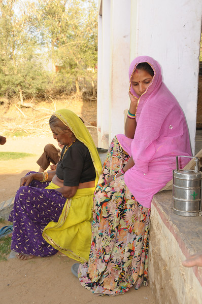 Mobile phone use in Rural Rajasthan (Village near Pushkar): At the house of Sayar Singh, Chamunda Matha Road, Pushkar, Rajasthan, India.