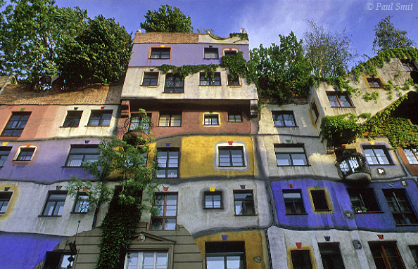 [AUSTRIA.WIEN 04298] 'Hundertwasser-Haus.'  A public housing project (1985) by architect Friedensreich Hundertwasser. His aim was to make housing more livable and green. Photo Paul Smit.