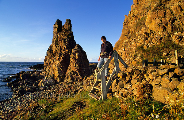 [BRITAIN.IRELANDNORTH 21.843] 'Coastal path.'  	The coastal footpath near Portbradden, west of Ballintoy, makes us of little ladders to wriggle its way along steep cliffs and tiny inlets. Photo Mick Palarczyk.