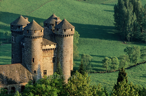 [FRANCE.AUVERGNE 28919] 'Castle of Anjony.'  The 15th century Château d'Anjony near the village of Tournemire (Cantal.) The castle was built by one of the battle comrades of Jeanne d'Arc and has since been owned by the same family. Photo Mick Palarczyk.