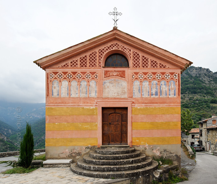[FRANCE.ALPSSOUTH 29077] 'Exterior of Chapelle des Pénitents Blancs in La tour sur Tinée.'  	The Chapelle des Pénitents Blancs (chapel of the Confraternity of White Penitents) is located in the village of La Tour sur Tinée in the French Alps, 30 km north of Nice. Photo Mick Palarczyk.