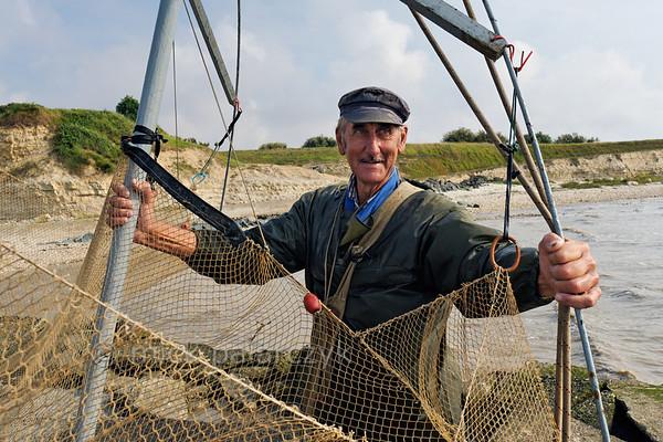 Shrimp fisher near Esnandes.
