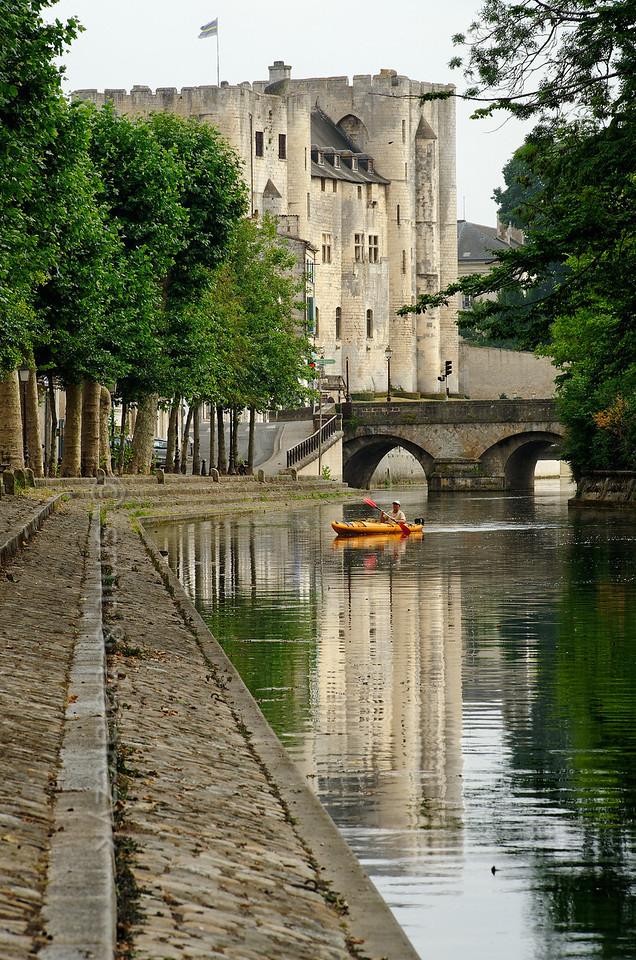 [FRANCE. ATLANTIC 30000] 'Donjon of Niort.'