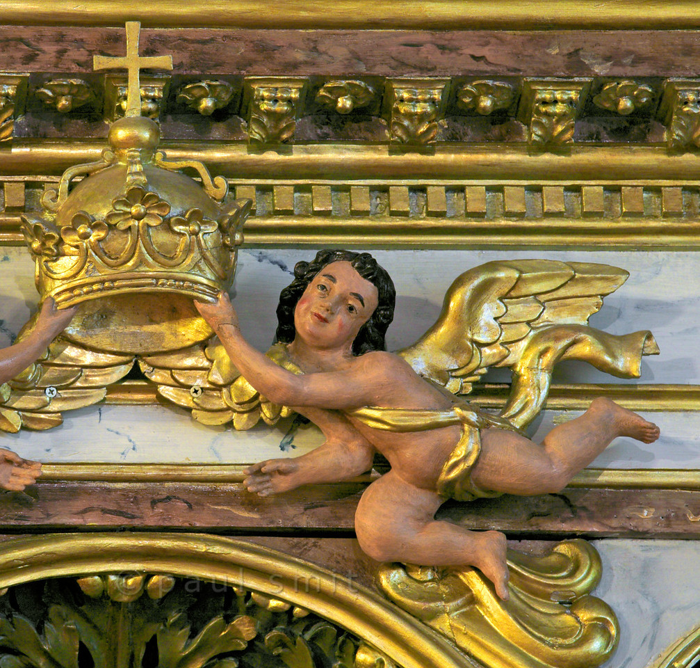 [FRANCE.ALPSNORTH 10951] 'Little angel.'  A putto in the Église Saint-Jean Baptiste in Bessans. For baroque lovers the Haute Maurienne is a treasure trove with its Chemins de Baroque (baroque trail). Photo Paul Smit.