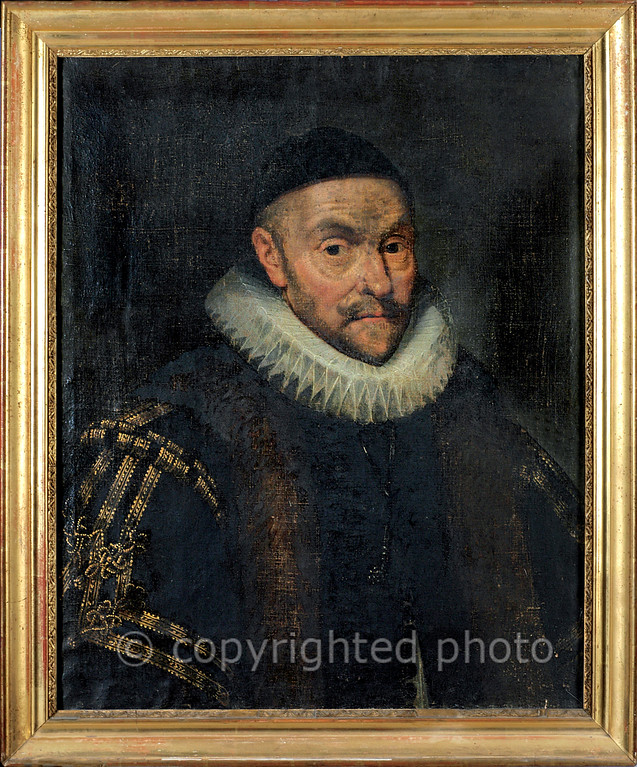 [FRANCE.PROVENCE 10900] 'Portrait of William the Silent, Prince of Orange.'  Portrait of Willem I van Oranje, also called Willem de Zwijger (William the Silent, 1533 - 1584). Oil on canvas, not signed nor dated, it could be a copy made of a painting by Frans Pourbus the Elder. This painting of the Dutch stadtholder is kept in the Musée de l'Art et de l'Histoire in the Provençal town of Orange. Willem I was the sovereign of the Principality of Orange from 1544 to 1584. Please mention: Photo Musée de l'Art et de l'Histoire d'Orange.