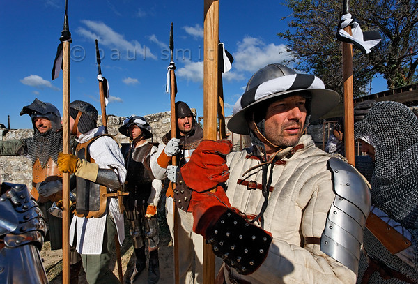 [FRANCE.PROVENCE 10716] 'Medieval event in Les Baux-de-Provence.'  During the summer, some medieval events are organized in the castle of Les Baux-de-Provence. Les-Baux was once the seat of the noble Des Baux family who were Princes of Orange from 1181 till 1386. Photo Paul Smit.