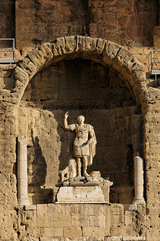 [FRANCE.PROVENCE 10886] 'Emperor Augustus in Orange.'  The Roman theatre in the town of Orange was built during the rule of Emperor Augustus. A statue of the emperor still decorates the back wall (sceanea frons) of the theatre. Photo Paul Smit.