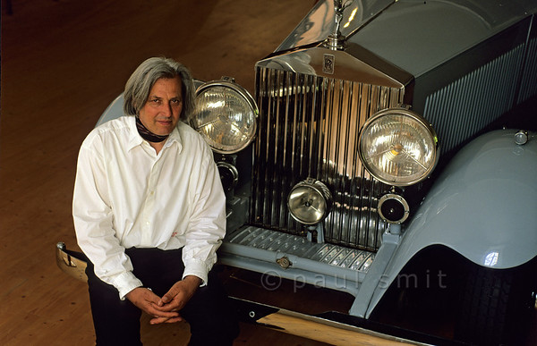 [AUSTRIA.VORARL 00905] 'Rolls Royce museum.'  The world's largest Rolls Royce museum is in Austria, Dornbirn - not in England. Owner Franz Vonier shows the Rolls of the Queen Mum, among many celebrities, and tells tasty stories about cars and owners. Photo Paul Smit.