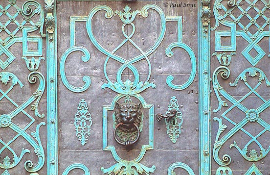 [GERMANY.SACHSEN 7467] 'Door in Bautzen.' Detail of a door at the Fleischmarkt in Bautzen. Photo Paul Smit.
