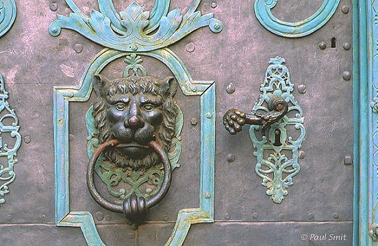 [GERMANY.SACHSEN 7470] 'Door in Bautzen.' Detail of a door at the Fleischmarkt in Bautzen. Photo Paul Smit.