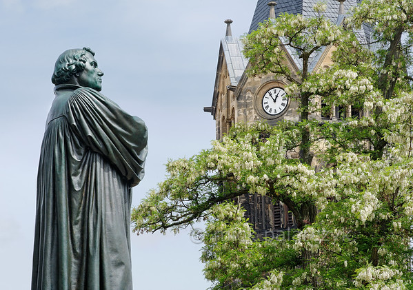 Luther monument in Eisenach.