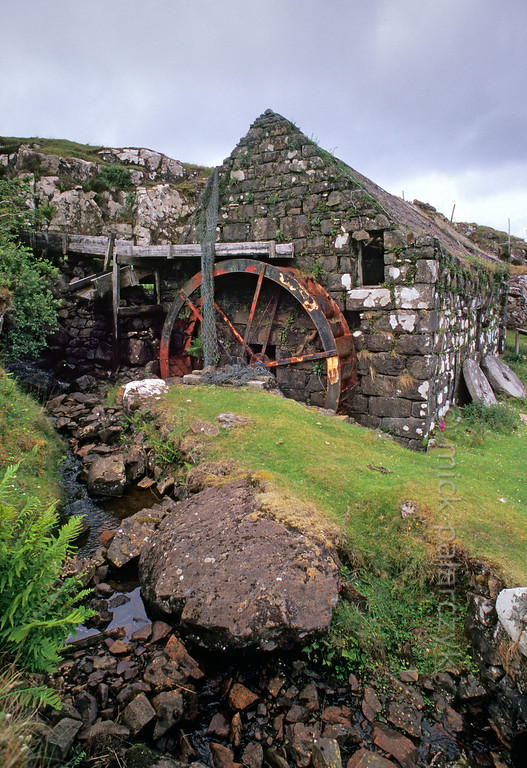 [BRITAIN.HEBRIDES 27821]