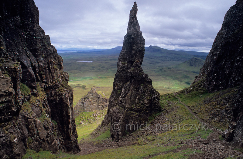[BRITAIN.HEBRIDES 27803]