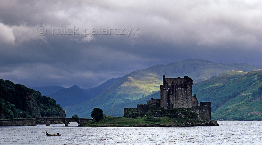 [BRITAIN.HEBRIDES 27855]