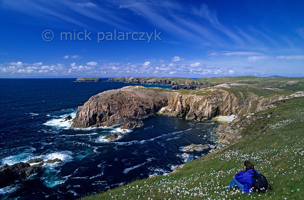 [BRITAIN.HEBRIDES 27666] 'West coast of Lewis.'  	South of Mangersta, the western shore of Lewis offers superb views over a succession of bays. Photo Mick Palarczyk.