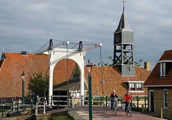 [HOLLAND.FRIESLAND 30190] 'Lock-keeper house in Hindeloopen.'