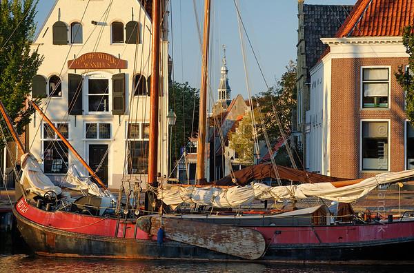 [HOLLAND.FRIESLAND 30239] 'Zuiderhaven in Harlingen.'