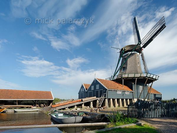 [HOLLAND.FRIESLAND 30157] 'Sawing mill  De Rat near IJlst.'