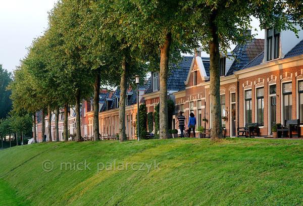 HOLLAND.FRIESLAND 30272] 'Westerbolwerk in Dokkum'.