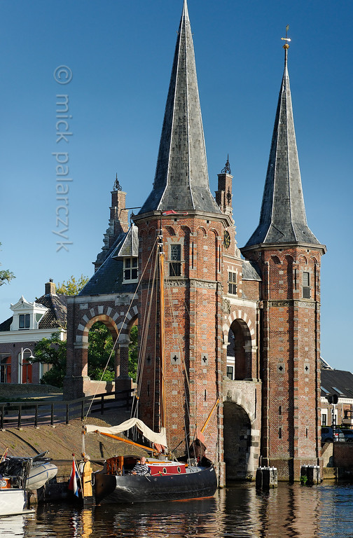 [HOLLAND.FRIESLAND 30151] 'Waterpoort in Sneek.'