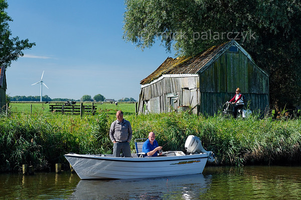 HOLLAND.FRIESLAND 30278] 'Dokummer Ee at Wijns'.