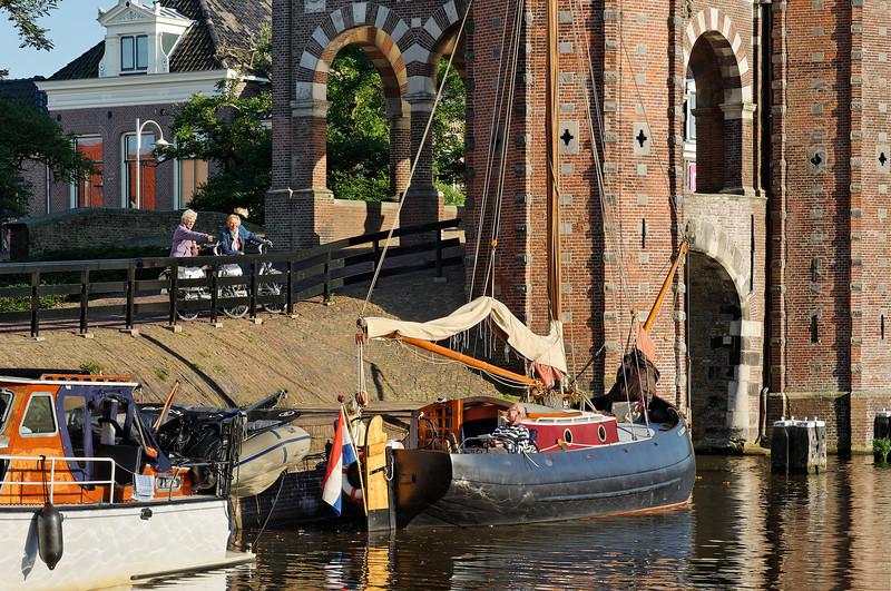 [HOLLAND.FRIESLAND 30154] 'Waterpoort in Sneek.'