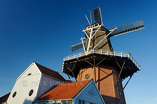 HOLLAND.FRIESLAND 30274] 'Windmill 'De Zwaluw' in Birdaard'.