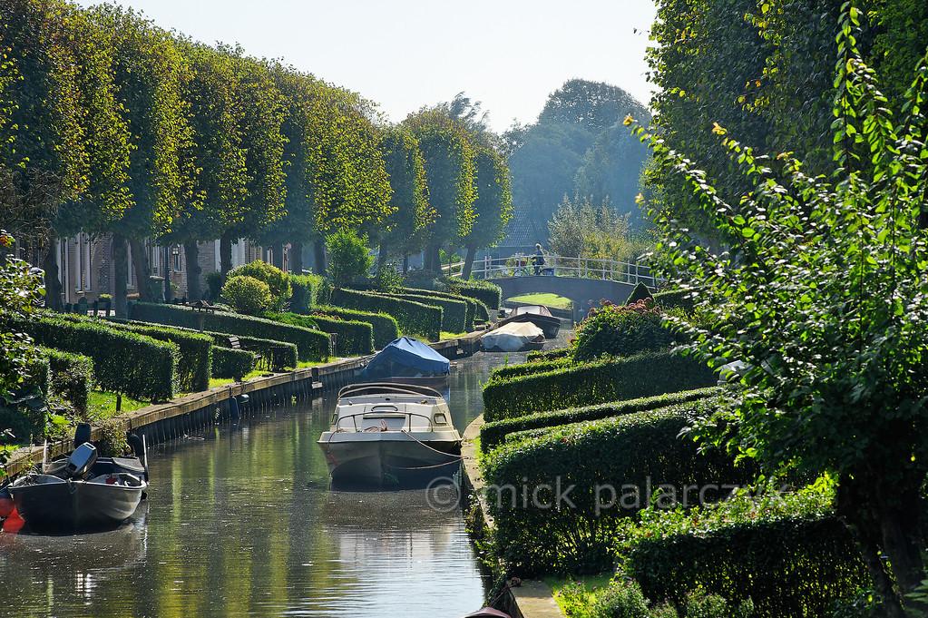 [HOLLAND.FRIESLAND 30159] 'Gardens of IJlst.'