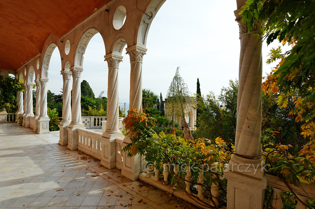 [ITALY.LIGURIA 28961] 'Loggia of the Hanbury villa.'  In 1867 Sir Thomas Hanbury bought the 16th century Palazzo Orengo and added the West wing which has an elegant loggia. The mansion and its surrounding gardens are located on Cape Mortola, near Ventimiglia. Photo Mick Palarczyk.