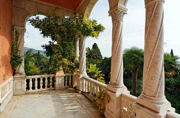 [ITALY.LIGURIA 28960] 'Loggia of the Hanbury villa.'  In 1867 Sir Thomas Hanbury bought the 16th century Palazzo Orengo and added the West wing which has an elegant loggia. The mansion and its surrounding gardens are located on Cape Mortola, near Ventimiglia. Photo Mick Palarczyk.