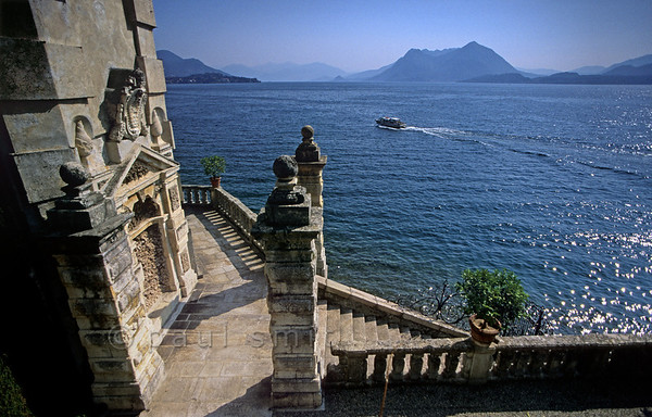 [ITALY.PIEMONTE 01681]  'In the gardens of Isola Bella.'  View over Lago Maggiore from the gardens of Isola Bella, indeed the 'beautiful island.' Photo Paul Smit.