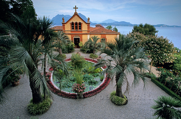 [ITALY.PIEMONTE 01723]  'Chapel Square, Isola Madre.'  The square is situated between the villa, from where the picture is taken, and the family chapel. Most of Isola Madre is an 'English' style garden, but very exotical. Photo Paul Smit.