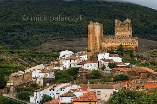 [SPAIN.CLEON 28672] 'Castle of Vozmediano.'  	The medieval village of Vozmediano is located in the Sierra del Moncayo in northeastern Soria province, near the boundary with Zaragoza province. Due to this location Vozmediano Castle has always been linked to border disputes between the kingdoms of Castile and Aragon, changing hands several times before the final establishment of the border in 1437. Although there seem to be Roman and Arab remnants in the castle, it is first mentioned in historical documents in the 12th century. Photo Mick Palarczyk.
