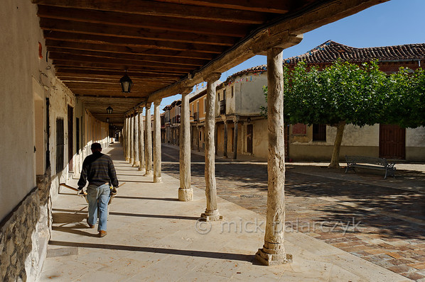 [SPAIN.CLEON 28651] 'Village of Ampudia.'  	The arcades that border the streets of the medieval village of Ampudia (Palencia province) are supported by wooden beams. (Palencia province). Photo Mick Palarczyk.