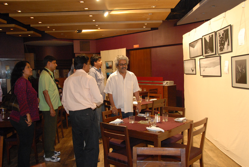Photographers with the famous musician & singer Hari Haran at the exhibition.