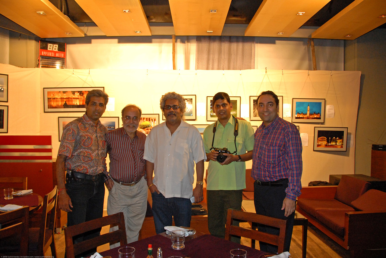 Photographers with the famous musician & singer Hari Haran. Seen from left to right. Mukesh Trivedi, Swapan Mukherjee, Hari Haran, Venky (Venkatesh Hariharan), and Suchit Nanda.