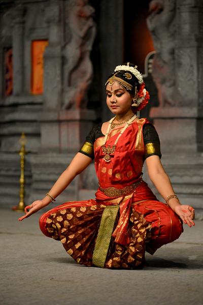"Kuchupudi performance by Ranjini Nair, New Delhi. Guru : Jayarama Rao & Vanashree Rao.<br /> Performance at Chidambaram Natyanjali Dance Festival 2015 held at Chidambaram in February 2015. The festival is known for its serenity and uniqueness of the devotion of the dancers dedicating their ""Natya"" (Dance) as ""Anjali"" (Offering) and worship to the Lord of Dance - Lord Nataraja (Shiva)."