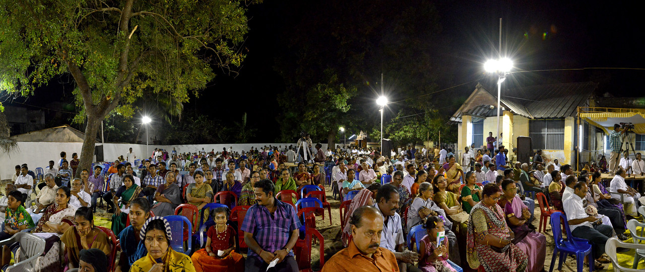 "Panoramic image of the audience at Chidambaram Natyanjali Dance Festival 2015 held at Chidambaram in February 2015. The festival is known for its serenity and uniqueness of the devotion of the dancers dedicating their ""Natya"" (Dance) as ""Anjali"" (Offering) and worship to the Lord of Dance - Lord Nataraja (Shiva)."