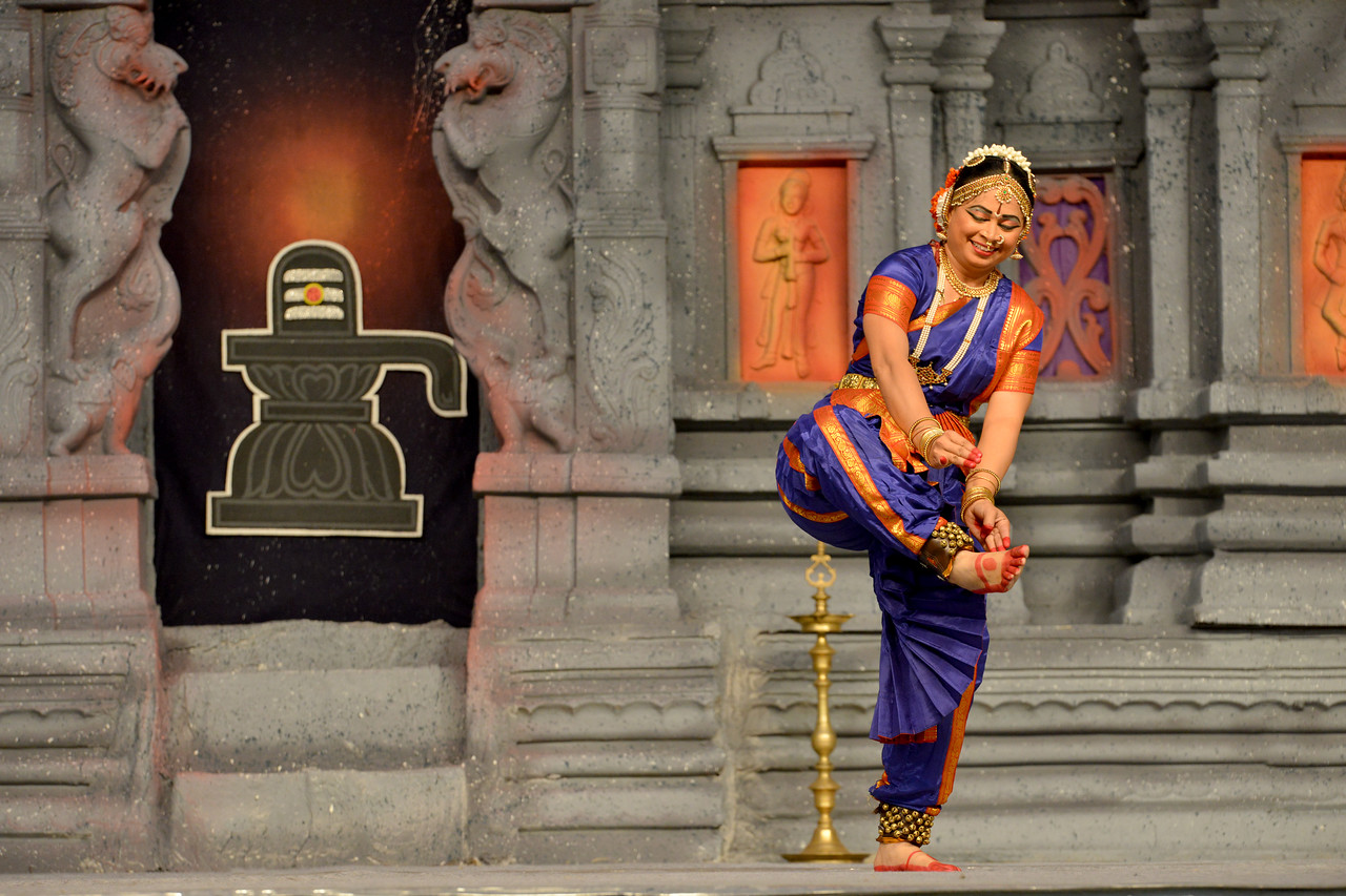 "Bharatham: Brindha Ramesh, Srirangam.<br /> Performance at Chidambaram Natyanjali Dance Festival 2015 held at Chidambaram in February 2015. The festival is known for its serenity and uniqueness of the devotion of the dancers dedicating their ""Natya"" (Dance) as ""Anjali"" (Offering) and worship to Lord Nataraja (Shiva)."