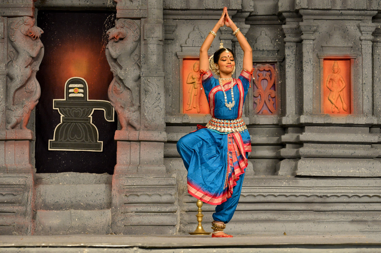 "Odissi: Sonali Mishra, Bhubaneshwar<br /> Performance at Chidambaram Natyanjali Dance Festival 2015 held at Chidambaram in February 2015. The festival is known for its serenity and uniqueness of the devotion of the dancers dedicating their ""Natya"" (Dance) as ""Anjali"" (Offering) and worship to the Lord of Dance - Lord Nataraja (Shiva)."