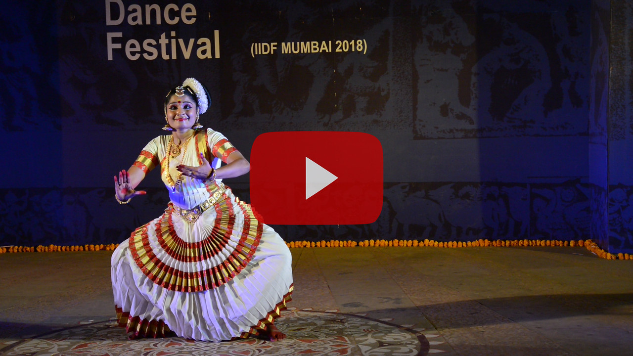 Short video clip of Smt Kalamandalam Sreeja Krishnan, Mohiniattam.<br /> <br /> INTERNATIONAL INDIA DANCE FESTIVAL (IIDF MUMBAI 2018) 3rd March 2018. Organized by Aratrika Institute of Performing Arts and Samskritiki for its first season in Mumbai. Classical dance styles, folk, contemporary and fusion were performed over three days of the festival (2nd, 3rd and 4th March 2018).