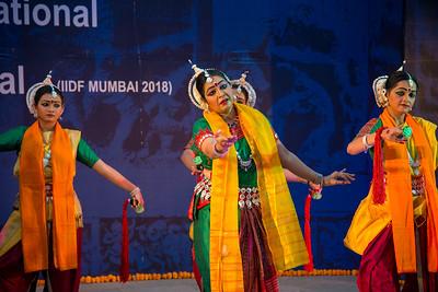 Angik Dance academy Radha - Choreography by Dr. Sarmishtha Chattopadhyay. Various emotions of Radha through songs of Vidyapati's Vaibhav Padavali, Tagore's songs, and Kirtan & Baul songs.  INTERNATIONAL INDIA DANCE FESTIVAL (IIDF MUMBAI 2018) 3rd March 2018. Organized by Aratrika Institute of Performing Arts and Samskritiki for its first season in Mumbai.